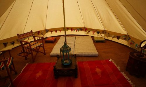 bell-tent-glamping-interior
